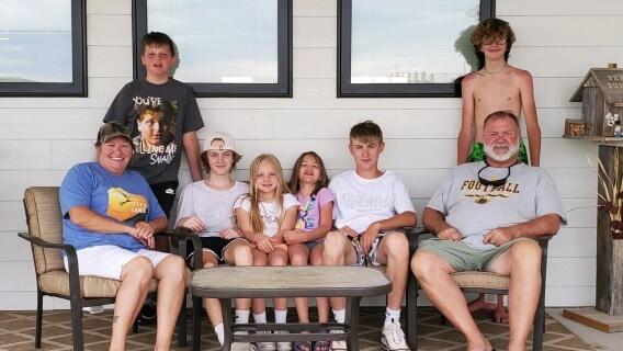 Pleural mesothelioma survivor Doug Jackson with family