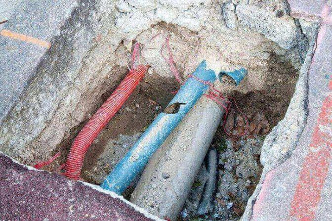 Drain pipe contaminated with asbestos