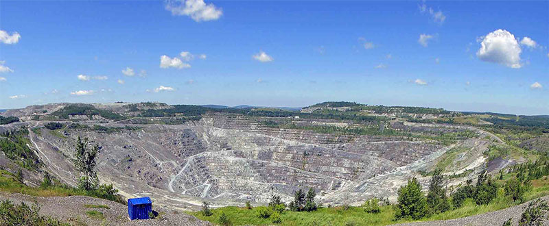 Jeffery Mine in Asbestos, Quebec