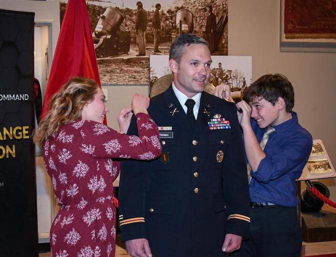 Doug Thomas with children Mackenzie and Brenden