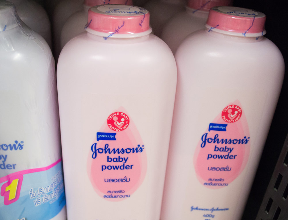 Johnson Johnson Ends Talc Based Baby Powder Sales In Us Canada