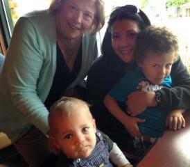 Mesothelioma Survivor Robin Brown and her grandchildren