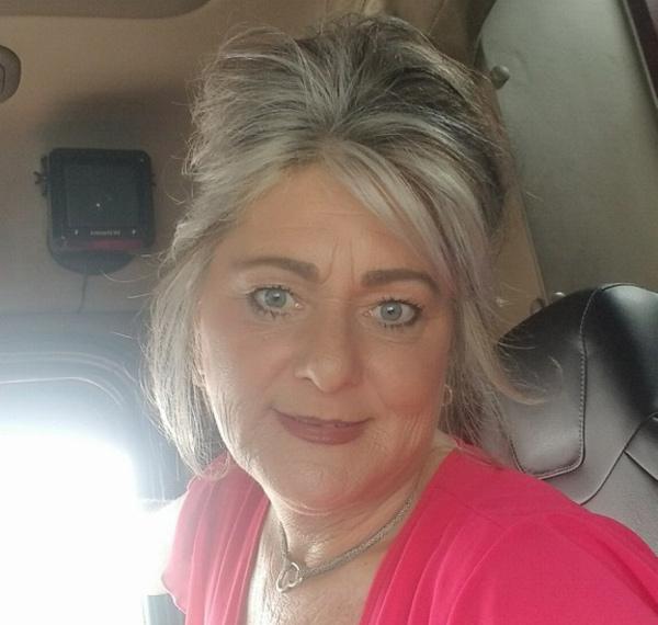 Peritoneal mesothelioma survivor Trina West Reif