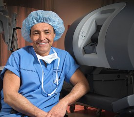 Thoracic surgeon Dr. Farid Gharagozloo
