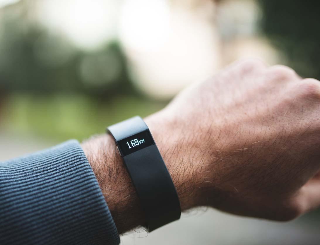 Fitbit Force sport fitness tracker