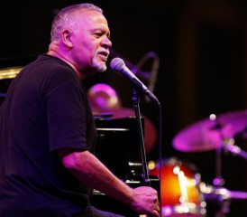 Jazz pioneer Joe Sample
